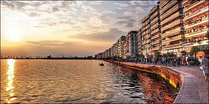 488756-stekia_salonica_2011_600_171060_0964E1