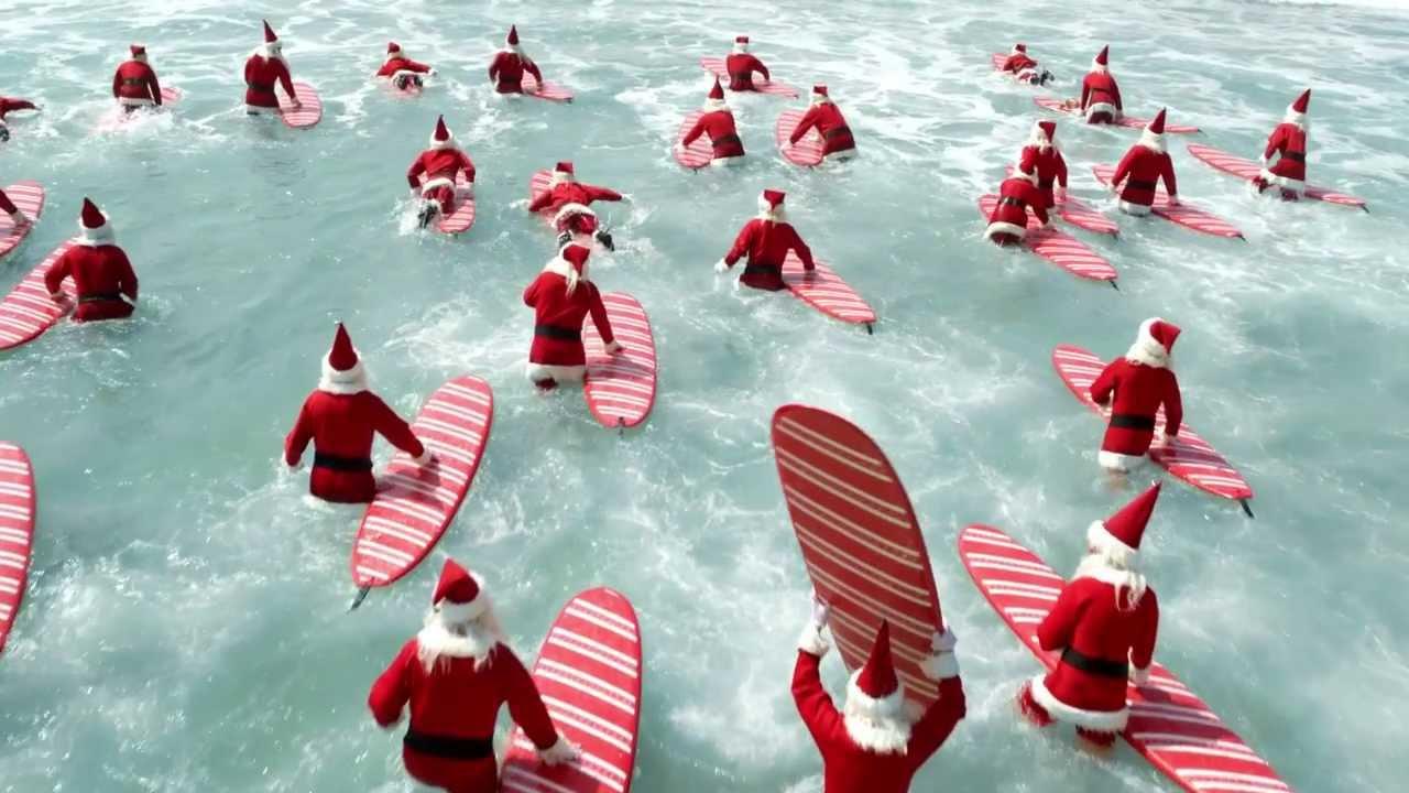 surfing-santas